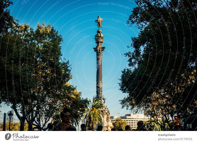 Columbus Barcelona Spanien Europa Hafenstadt Stadtzentrum Sehenswürdigkeit Wahrzeichen Denkmal Kolumbus Denkmal Ferien & Urlaub & Reisen Tourismus Städtereise