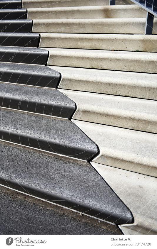 Zickzack | UT HH19 Treppe Stein Beton Linie ästhetisch eckig einfach elegant kalt grau weiß einzigartig ruhig Yin und Yang Kontrast geschwungen Aufsteiger