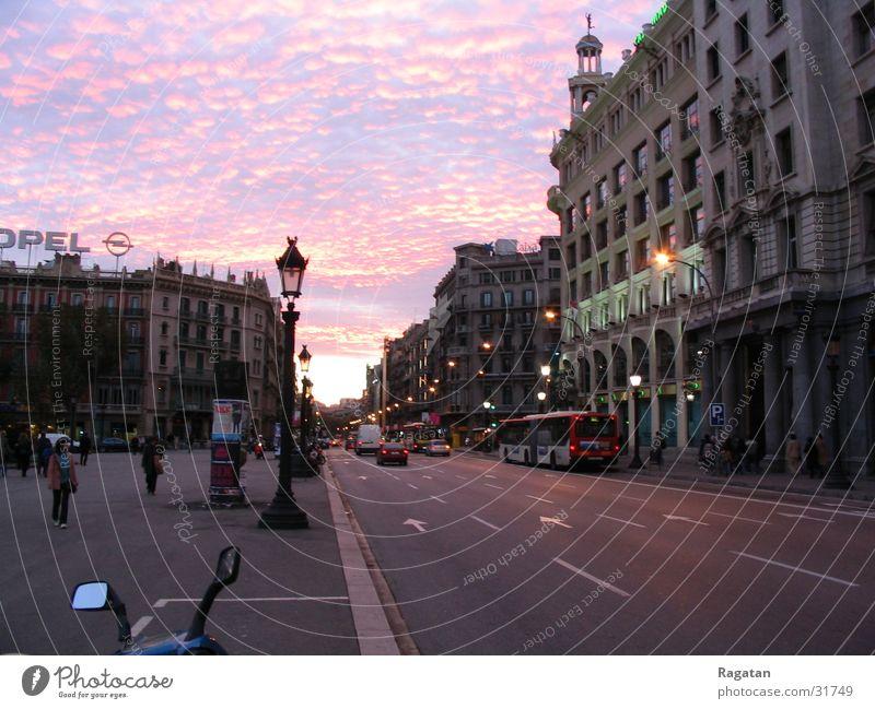 Sonnenuntergang in Barcelona Himmel Stadt Wolken Europa