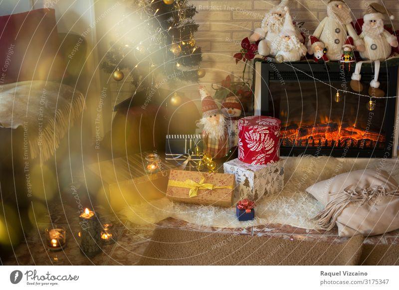 Wohnzimmer zu Weihnachten Winter Haus Dekoration & Verzierung Feste & Feiern Weihnachten & Advent Baum Kerze braun gelb rot Feiertag Weihnachtsdekorationen