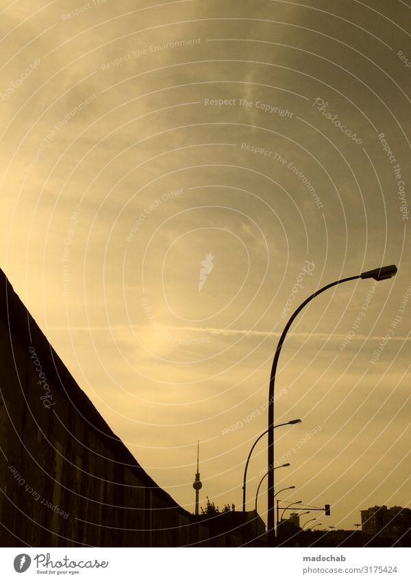 Berliner Mauer Stadt Hauptstadt Bauwerk Gebäude Architektur Wand Sehenswürdigkeit Wahrzeichen Denkmal Berliner Fernsehturm Unlust Sehnsucht Fernweh Einsamkeit