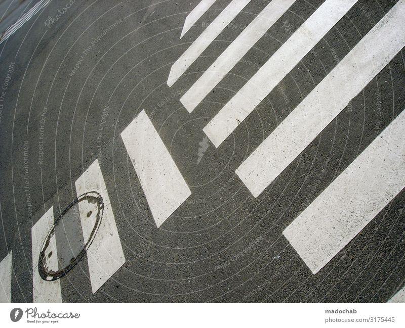Übergang Stadt Straße Wege & Pfade Linie Verkehr Ordnung ästhetisch Schilder & Markierungen Perspektive Zeichen planen Streifen Vertrauen Verkehrswege