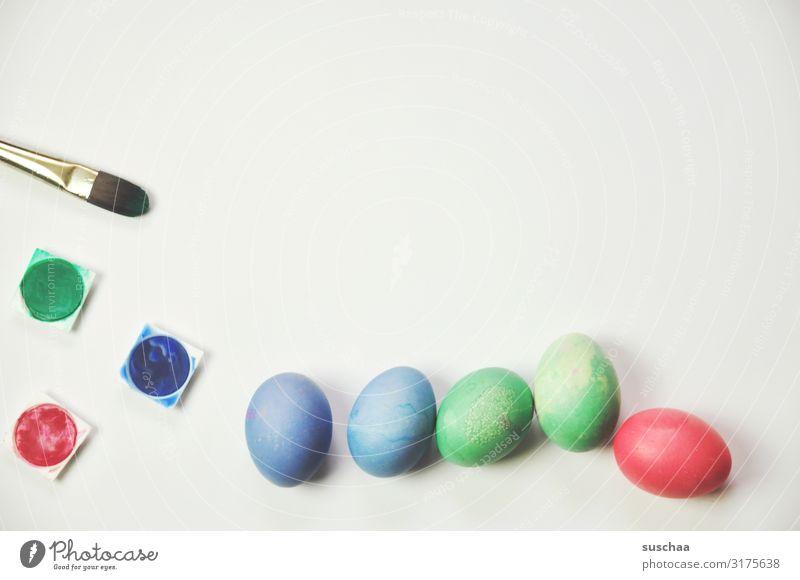angemalte eier (2) blau Farbe grün rot Stil Design Dekoration & Verzierung einfach Ostern Postkarte Tradition Pinsel Osterei Ritual Wasserfarbe