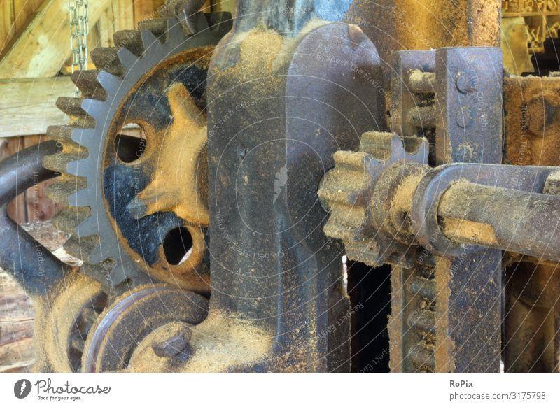 Detail einer historischen Sägemühle. Maschine Technik Mechanik Getriebe Getriebeübersetzung Ritzel anketten Zahnkranz Rad Zahnrad Land Ackerbau Landleben Rust