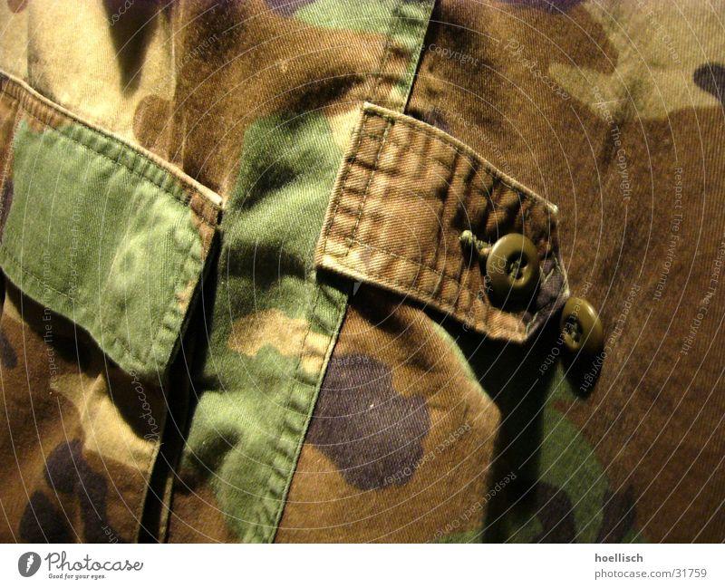 Camouflage Tarnung Soldat Jacke Tasche Accessoire USA US-Armee Knöpfe Makroaufnahme Nahaufnahme Militaria Marines