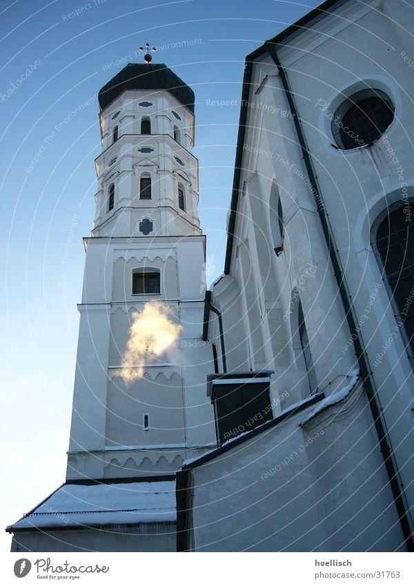 Winterimpression Glocke Allgäu Fenster Gotteshäuser Religion & Glaube Rauch Schnee Himmel Perspektive Turm Marktoberdorf