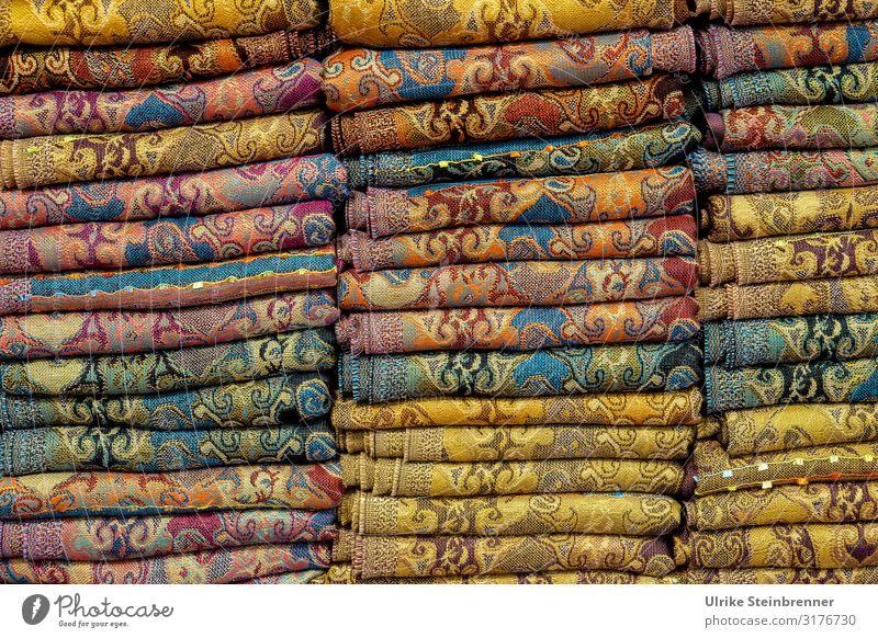 Stofflagen Ferien & Urlaub & Reisen Tourismus Sightseeing Städtereise Istanbul Bekleidung Accessoire Schal Tuch Umhängetuch Kopftuch liegen ästhetisch schön