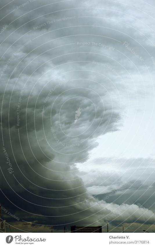 Dramatische Szenen über Hamburg | UT HH19 Umwelt Natur Urelemente Luft Himmel Wolken Gewitterwolken schlechtes Wetter Unwetter Sturm Aggression außergewöhnlich