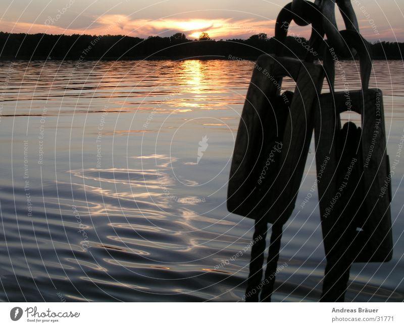 Abend auf dem Müggelsee Sonnenuntergang Horizont Reflexion & Spiegelung Holz Dämmerung Seegelboot Wasser Seil Großer Müggelsee Abnedstimmung
