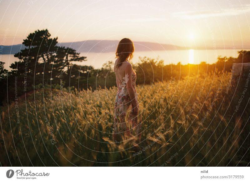 Meerblick schön Ferien & Urlaub & Reisen Tourismus Ferne Freiheit Sommer Sommerurlaub Insel Mensch feminin Junge Frau Jugendliche Leben 1 18-30 Jahre Erwachsene