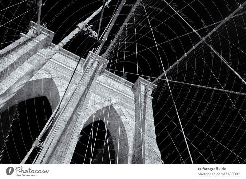 Brooklyn Bridge Ferien & Urlaub & Reisen Tourismus Sightseeing Städtereise New York City Manhattan Stadtzentrum Brücke Bauwerk Architektur Mauer Wand Fassade