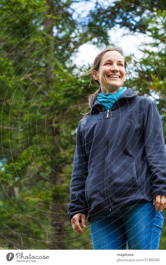 Ich glaub ich steh im Wald...und es ist schön hier! Lifestyle Freizeit & Hobby Ferien & Urlaub & Reisen Ausflug Berge u. Gebirge wandern Mensch feminin
