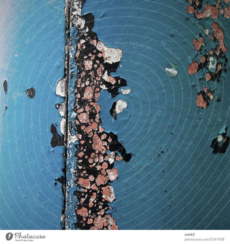 Bis auf weiteres Metall Rost alt kaputt blau rosa schwarz Verfall Vergänglichkeit Zerstörung Zahn der Zeit Farbfoto Außenaufnahme Detailaufnahme abstrakt Muster