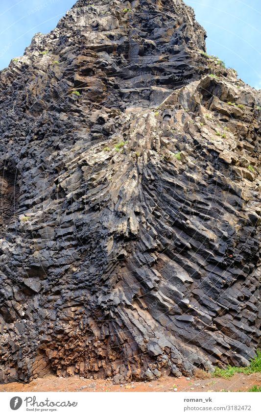 Basaltsäulen auf Abwegen Umwelt Natur Landschaft Urelemente Erde Felsen außergewöhnlich gigantisch kalt grau Steele chaotisch verwachsen durcheinander