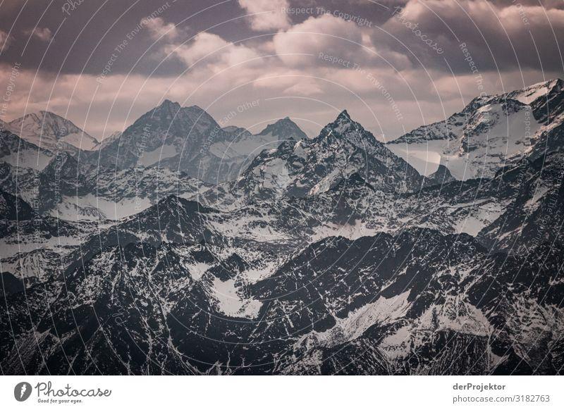 Panoramablick von der Zugspitze Umwelt Natur Landschaft Pflanze Tier Herbst schlechtes Wetter Alpen Berge u. Gebirge Gipfel Schneebedeckte Gipfel Gletscher alt