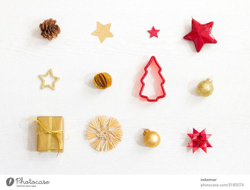 Weihnachten Flatlay mit Textfreiraum Winter Dekoration & Verzierung Feste & Feiern Weihnachten & Advent Natur Baum Weihnachtsbaum Tannenzapfen Kitsch Krimskrams