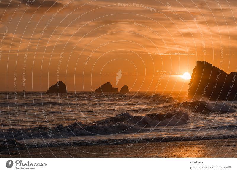 der Tag geht Natur Landschaft Sand Luft Wasser Himmel Wolken Horizont Sonnenaufgang Sonnenuntergang Sommer Schönes Wetter Felsen Wellen Küste Strand Bucht Riff