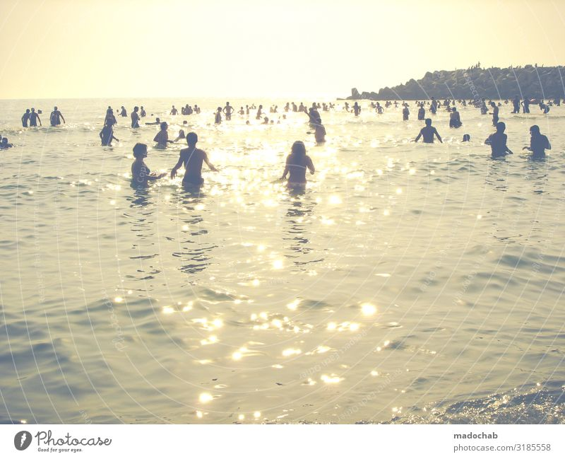 Lifestyle - Menschenmenge im Sommerurlaub am Meer Ferien & Urlaub & Reisen Tourismus Freiheit Sonnenbad Strand maskulin feminin Frau Erwachsene Mann Leben