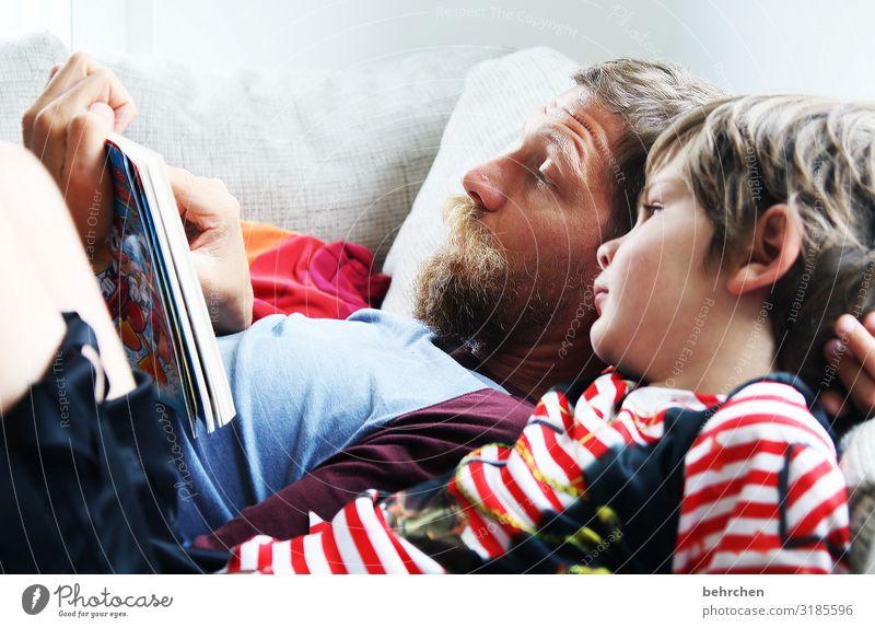 geschriebenes | zum vorlesen Kind Mann Gesicht Auge Erwachsene Liebe Familie & Verwandtschaft Junge Haare & Frisuren Kopf Zusammensein Zufriedenheit maskulin