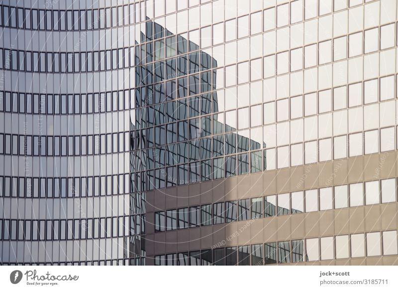 verzerrter Aufbau Architektur Klima Berlin-Tempelhof Bürogebäude Fenster Glasfassade Linie authentisch eckig hoch lang modern viele Stimmung Akzeptanz Design