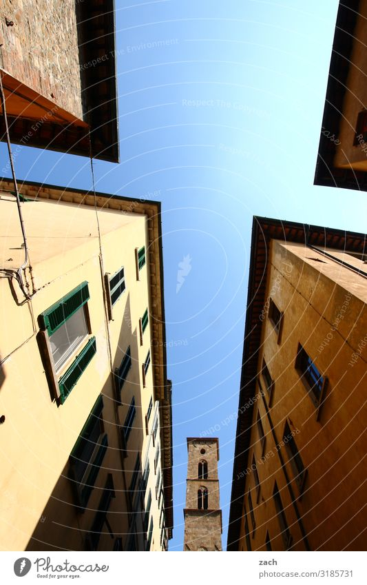 versteckt Himmel Schönes Wetter Italien Toskana Dorf Kleinstadt Stadtzentrum Altstadt Haus Kirche Dom Palast Turm Mauer Wand Fassade Fenster Häusliches Leben
