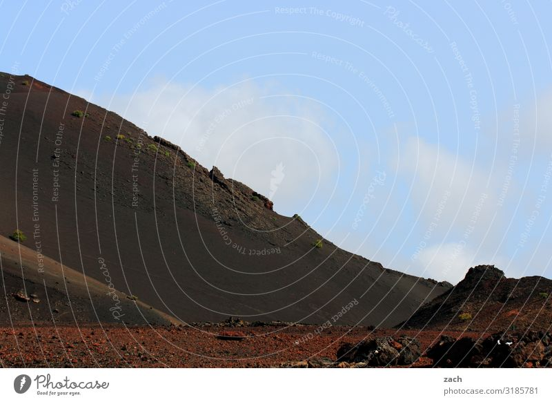 Feuerberge IV schön Ferien & Urlaub & Reisen Reisefotografie Ferne Insel Berge u. Gebirge Landschaft Sand Himmel Hügel blau Vulkan dunkel braun rot