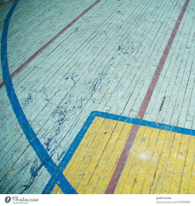 Online verloren lost places Sporthalle Holzfußboden Linie Strukturen & Formen Begrenzung alt dreckig fest retro unten Ordnungsliebe Design Vergangenheit Regel