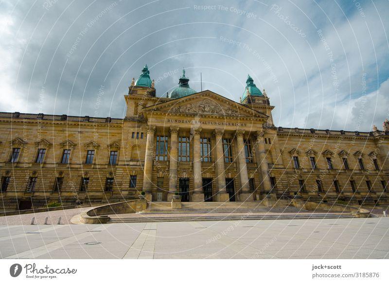 Bundesverwaltungsgericht Renaissance Barock Wolken Leipzig Stadtzentrum Platz Fassade Sehenswürdigkeit Gerichtsgebäude authentisch Bekanntheit elegant