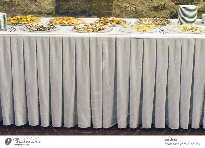 kekse für alle Gedeck Tisch Speisetafel Büffet Essen Dessert Weihnachtsbüffet Brunch Ernährung Appetit & Hunger satt ausreichend all you can eat Tischwäsche