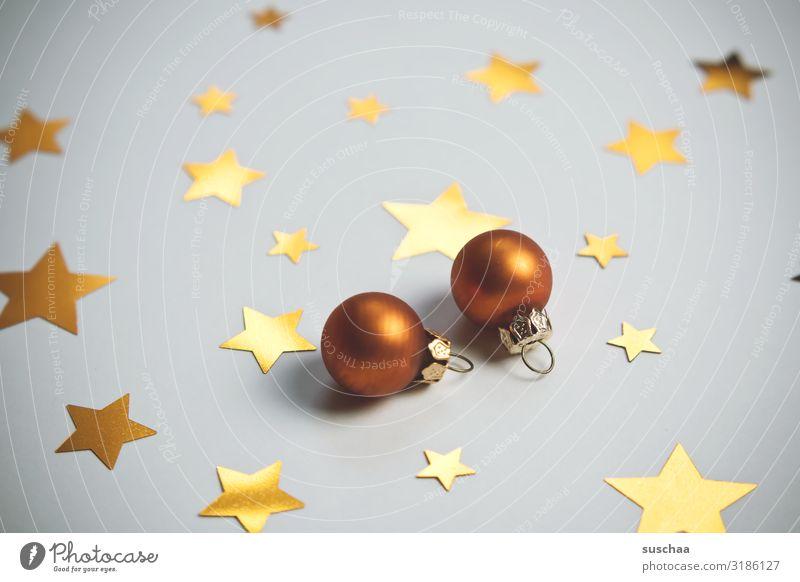 sterne und kugeln Stern (Symbol) Baumschmuck Christbaumkugel aufhängen Weihnachten & Advent verschönern gezackt Dekoration & Verzierung Hintergrund neutral gold
