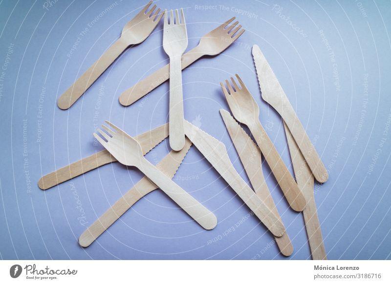 Wiederverwendbares Besteck aus Bambus. Umweltfreundliche Produkte. Gabel Löffel Lifestyle Leben Kunststoff nachhaltig natürlich blau grün rosa Holz Öko purpur