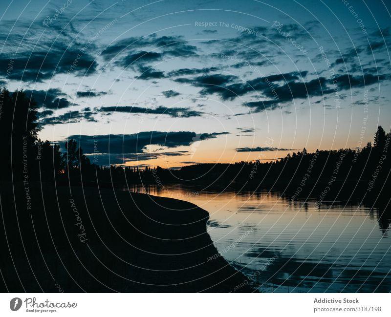 Schöne Sonnenuntergangslandschaft in Finnland Landschaft See Abend Wald Natur Wasser Ferien & Urlaub & Reisen Tourismus Freizeit & Hobby schön blau Himmel