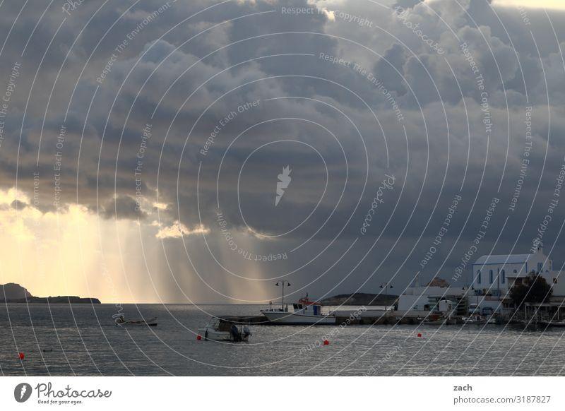 Vor dem Sturm Himmel Wasser Landschaft Meer Haus Wolken Küste grau Regen Kirche Insel Hügel Hafen Bucht Mittelmeer