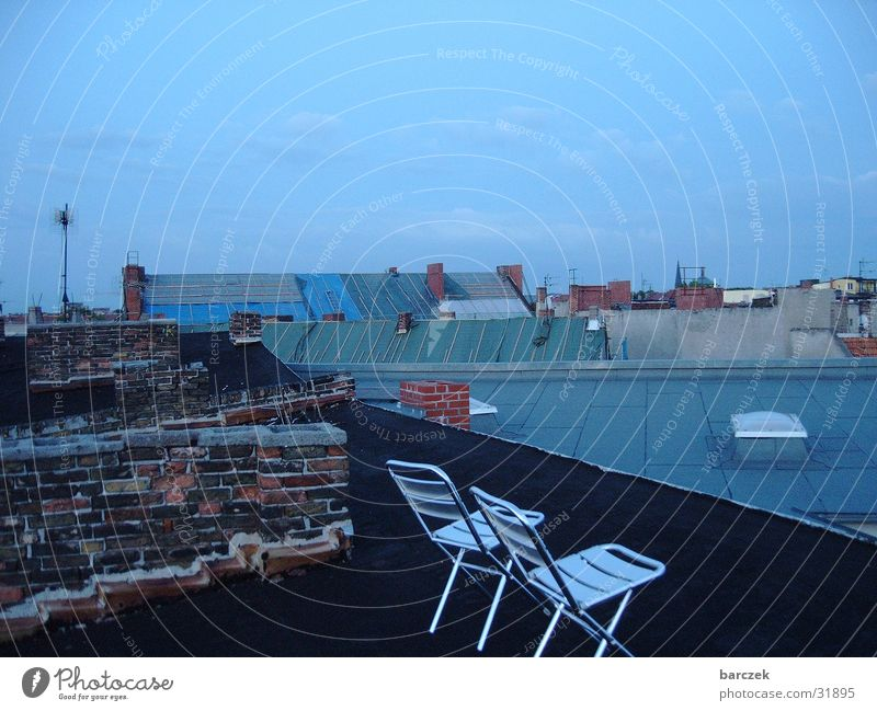 Prenlzlauer Berg_aufm Dach 2 Prenzlauer Berg Stuhl Architektur Berlin Skyline Abend