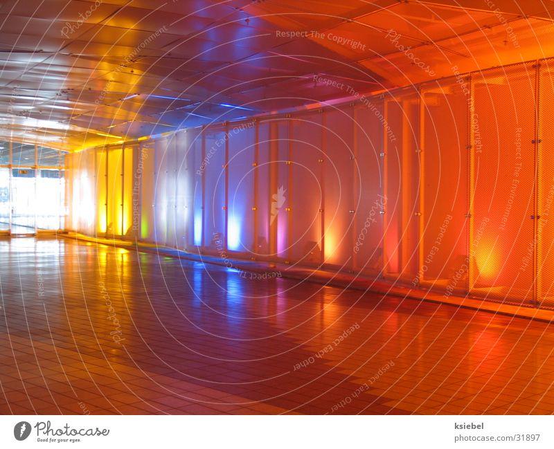 Lichthaus München gelb rot Dinge Farbe lichtspielerei blau orange
