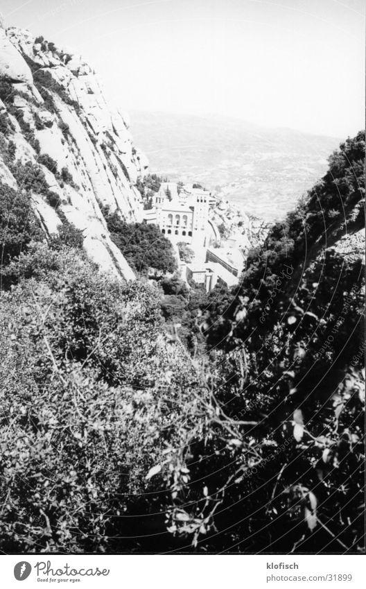 Blick auf Schloss Monteserrat Landschaft Europa Spanien
