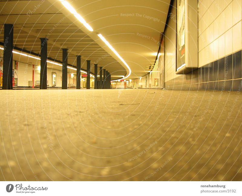Hamburger Ubahn Messberg 2 Station U-Bahn London Underground