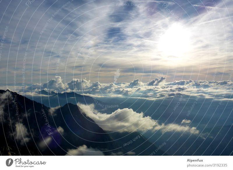 Abendstimmung Wolken Horizont Sonne Sonnenaufgang Sonnenuntergang Klima Klimawandel Wetter Schönes Wetter Hügel Felsen Alpen Berge u. Gebirge Freude Glück