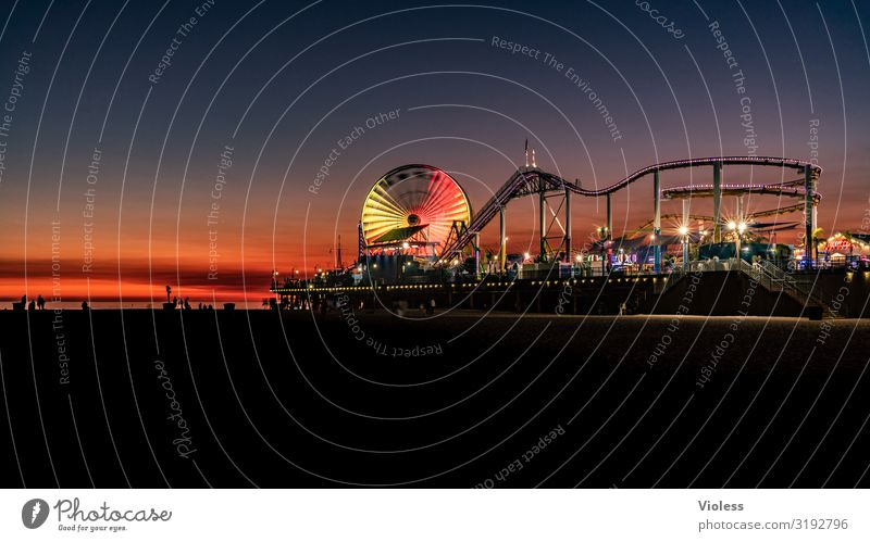 Santa Monica Pier II Park USA Wahrzeichen Anlegestelle Riesenrad Kalifornien Achterbahn Route 66 Los Angeles
