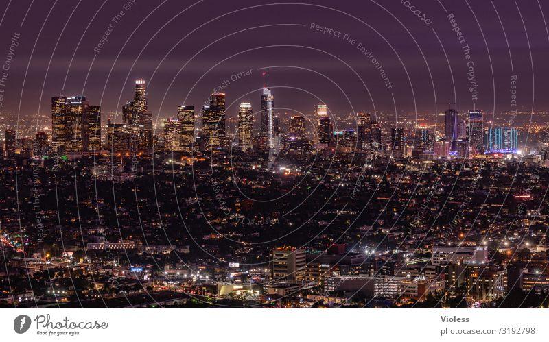 Los Angeles Kalifornien Amerika USA Skyline Nacht dunkel Beleuchtung Hollywood Stadt Langzeitbelichtung Weitwinkel