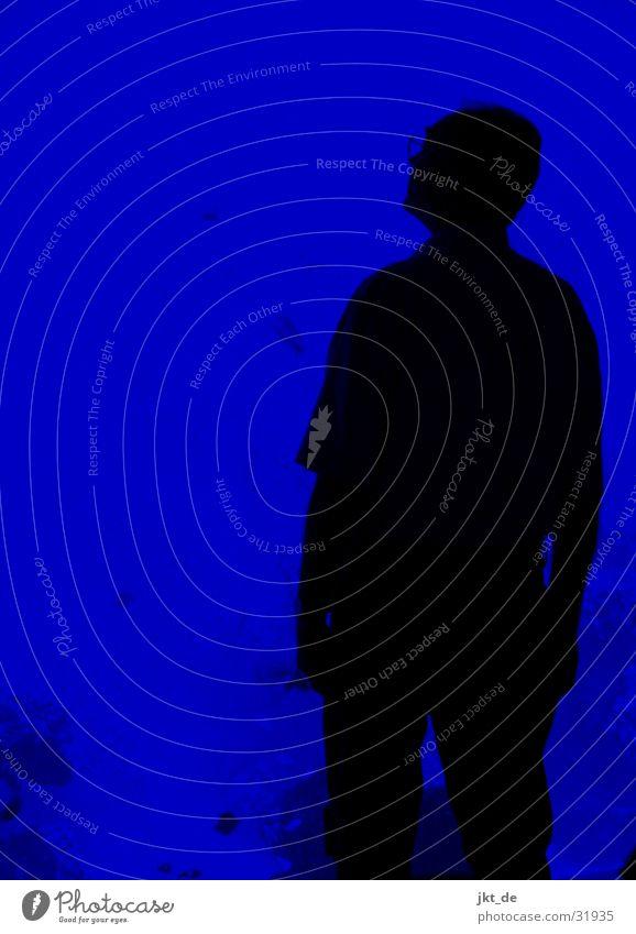 blue print - mann, solo 1 Mann alt blau schwarz erstaunt