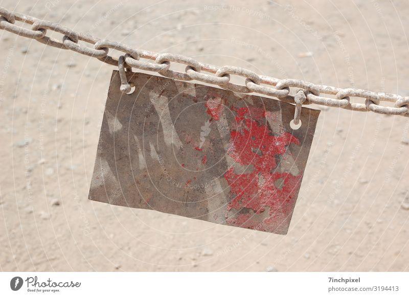 Schildbürgerstreich Metall Rost Schilder & Markierungen Hinweisschild Warnschild alt braun rot Verfall Vergangenheit Farbfoto Gedeckte Farben Außenaufnahme