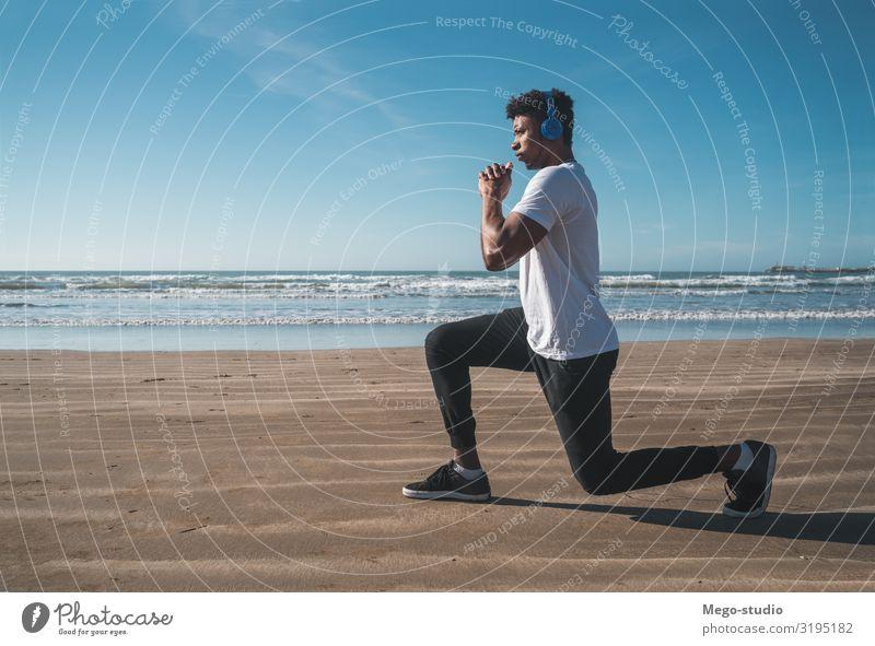 Mensch Natur Mann Erholung Strand Erwachsene Sport Arbeit & Erwerbstätigkeit Sand Freizeit & Hobby Körper Kraft Aktion Fitness Energie sportlich