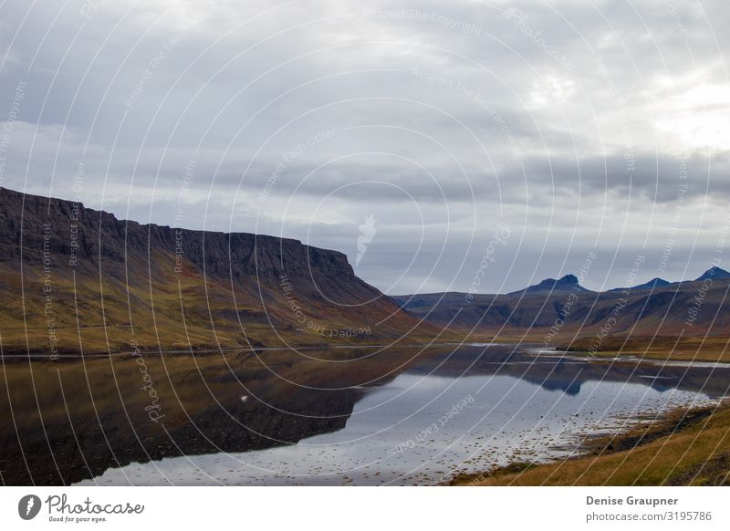 Iceland's beautiful landscape mountains and water Ferien & Urlaub & Reisen Umwelt Natur Landschaft Wasser Wolken Klima Klimawandel schlechtes Wetter