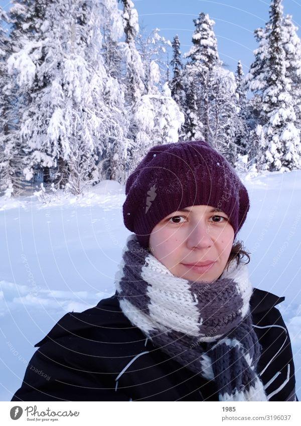 Selfie Ferien & Urlaub & Reisen Ausflug Abenteuer Ferne Freiheit Sightseeing Winter Schnee Winterurlaub wandern Wintersport feminin Frau Erwachsene 1 Mensch