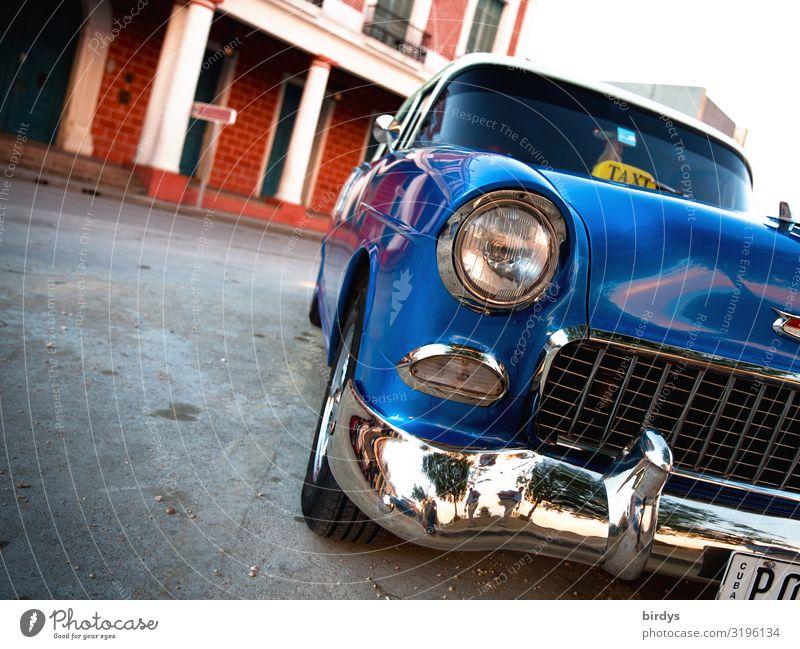 Cubastyle Ferien & Urlaub & Reisen Sommer blau Stadt schön Straße Lifestyle Zeit Tourismus Design PKW Verkehr glänzend ästhetisch authentisch historisch