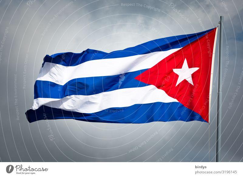 500 Jahre Havanna Himmel Wolken Wind Kuba Fahne authentisch positiv rebellisch blau grau rot weiß Ehre selbstbewußt Ausdauer standhaft Stolz Erfolg