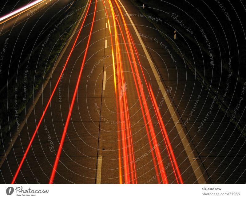 Autobahn A27 Nacht Lichtschweif Rücklicht Langzeitbelichtung Spuren
