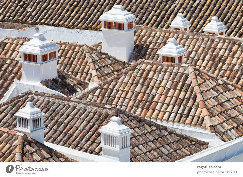 SÜDEUROPAS DÄCHER Portugal Algarve Faro Stadt Dach Schornstein Sandalgarve Ferien & Urlaub & Reisen Reisefotografie Idylle Postkarte Tourismus Paradies