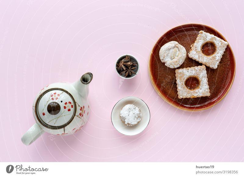 Frisch gebackenes traditionelles Gebäck mit Tee Lebensmittel Kuchen Dessert Ernährung Frühstück Picknick Getränk Teller elegant Feste & Feiern lecker natürlich